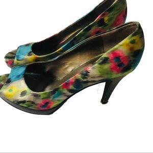 Bandolino size 9 open toe pumps high heels neon